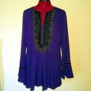 August Silk Size Large Top Newport Navy NW…